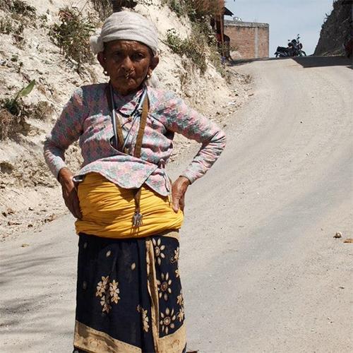 ネパールで見つけたファッションマスター/AKIE