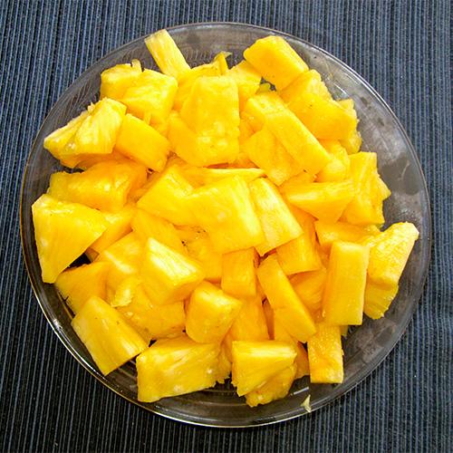 pineapples/高崎悠里