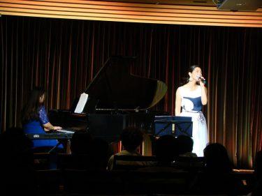 Lys blanc Volteメンバー記事 「歌うことは最高のセルフヒーリング!書く、感じる、歌うがもたらすもの。」