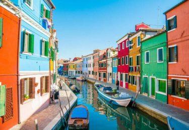 まるで絵本の世界!!女子が絶対いきたいヨーロッパの都市4選。